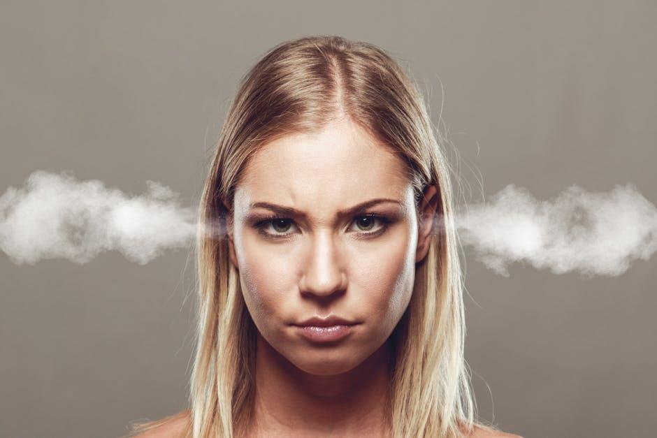 Las 5 claves para responder comentarios negativos en redes sociales